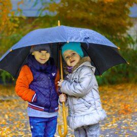 Phòng ngừa 5 loại bệnh trẻ nhỏ hay mắc vào mùa mưa